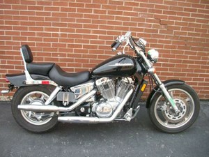 Honda Shadow Spirit™ 1100 (VT1100C) 2005
