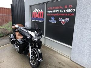 Indian Motorcycle® Roadmaster™ Thunder Black 2015