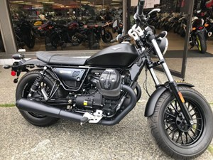 Yamaha Moto Guzzi V9 Bobber 2017