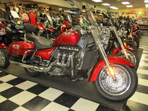 Triumph Rocket III Touring ABS 2 Tone 2016