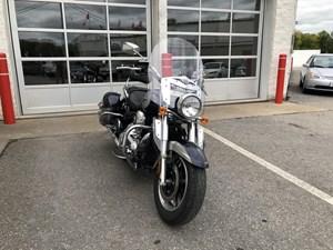 Kawasaki Vulcan® 1700 Nomad™ 2011