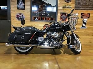 Harley-Davidson FLHRC - Road King® Classic 2012