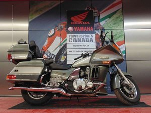 Kawasaki Voyager XII 2003