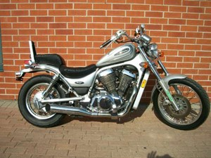 Suzuki Intruder 800 (VS800GL) 2004