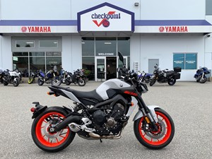 2020 Yamaha mt09