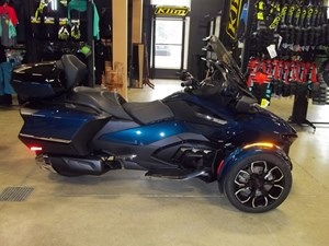 2021 Can-Am Spyder® RT Limited Chrome