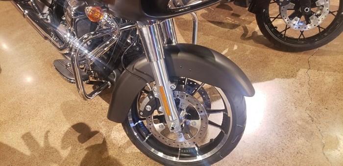 2020 Harley-Davidson FLTRX - Road Glide® Photo 4 of 10
