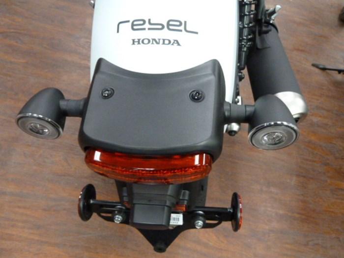 2021 Honda Rebel 500 Photo 7 of 10