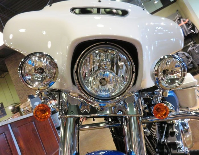 2021 Harley-Davidson FLH - Electra Glide® Revival™ Photo 7 of 10