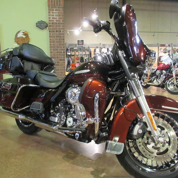 2011 Harley-Davidson FLHTK - Electra Glide® Ultra Limited Photo 1 of 8