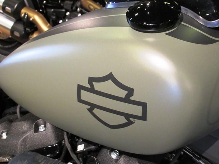 2021 Harley-Davidson FXFBS - Fat Bob™ 114 Photo 4 of 11