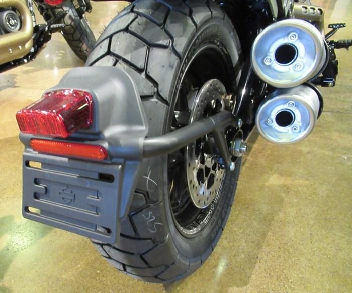 2021 Harley-Davidson FXFBS - Fat Bob™ 114 Photo 6 of 11