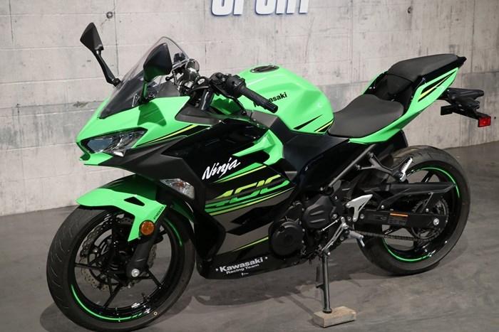 2018 Kawasaki Ninja 400 ABS Photo 2 of 13