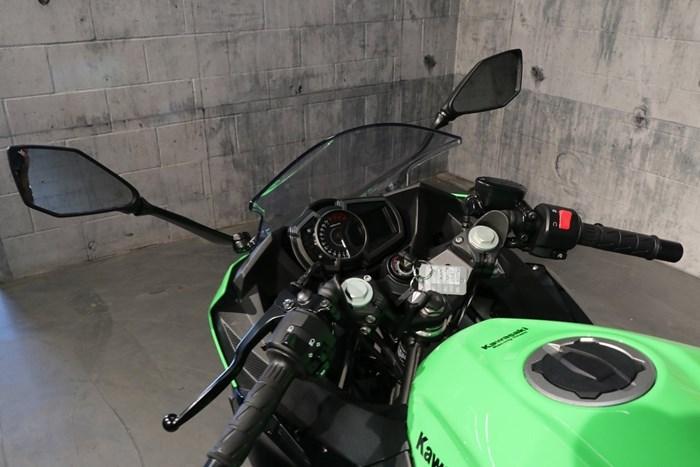 2018 Kawasaki Ninja 400 ABS Photo 6 of 13