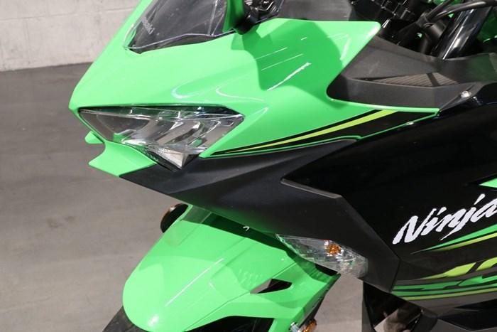 2018 Kawasaki Ninja 400 ABS Photo 13 of 13