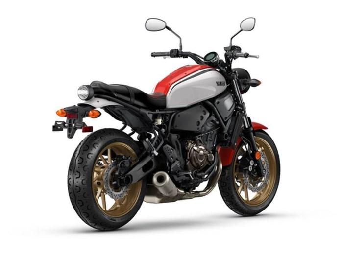 2021 Yamaha XSR700 Photo 2 of 5