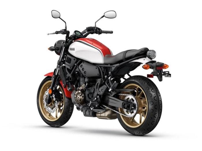2021 Yamaha XSR700 Photo 3 of 5
