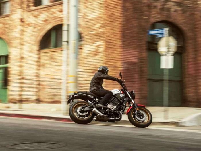 2021 Yamaha XSR700 Photo 5 of 5