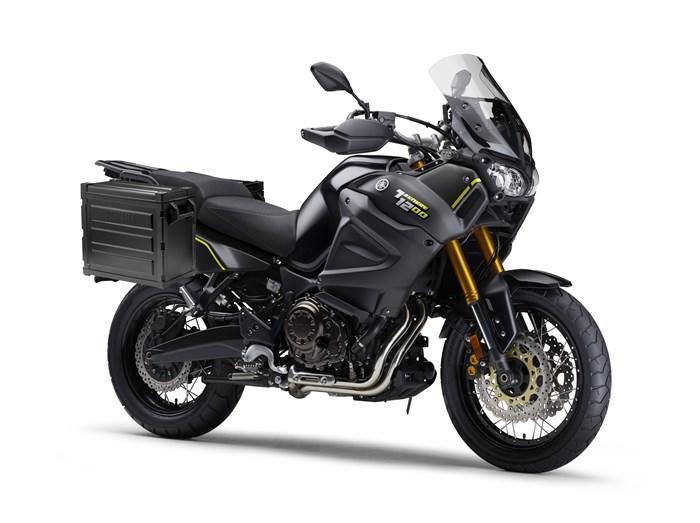 2021 Yamaha Super Tenere ES Photo 2 of 2