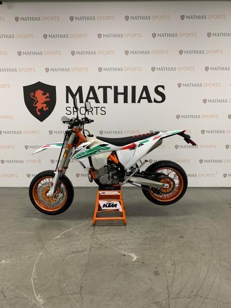 2021 KTM 500 EXC-F SIX DAYS MODIFIÉ SUPERMOTARD !! Photo 2 sur 8