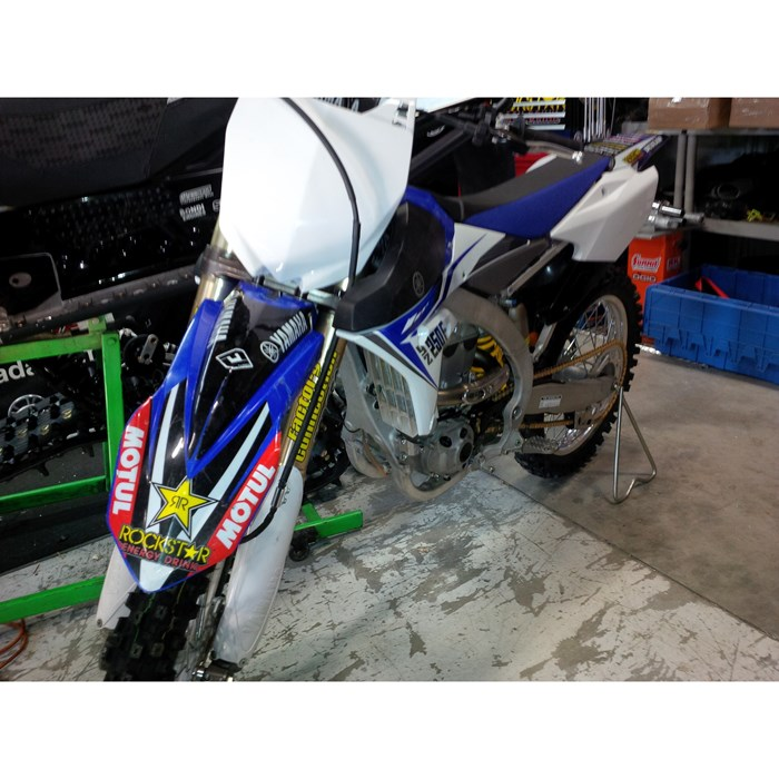 2014 Yamaha YZf Photo 4 of 4