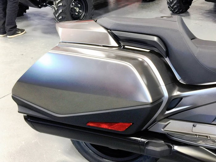 2018 Honda Gold Wing ABS Photo 7 of 9