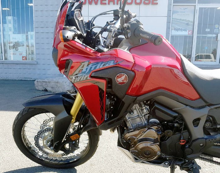 2017 Honda Africa Twin DCT Candy Red Photo 7 of 12