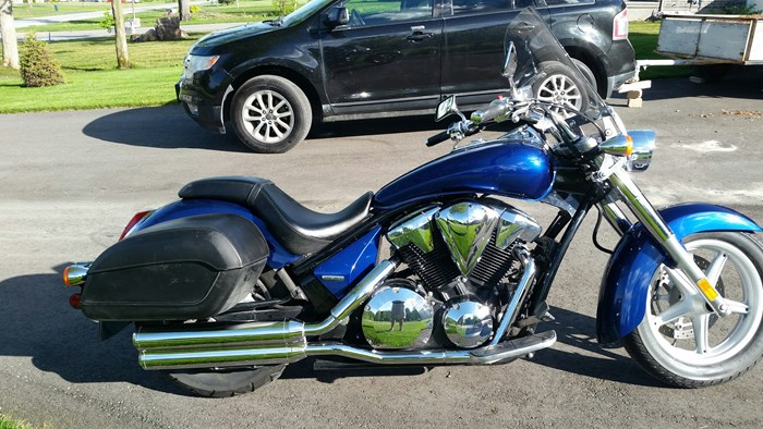 2010 Honda Interstate 1300 Photo 1 of 5