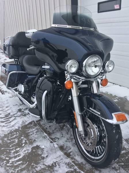 2012 Harley-Davidson FLHTK - Electra Glide® Ultra Limited Photo 7 sur 9