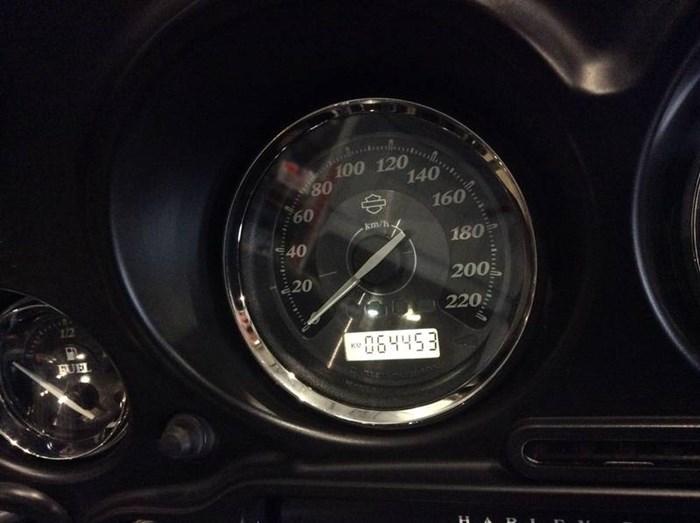 2012 Harley-Davidson FLHTK - Electra Glide® Ultra Limited Photo 9 sur 9
