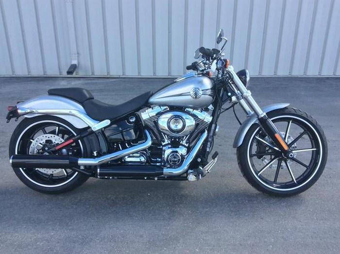 2015 Harley-Davidson FXSB - Softail® Breakout™ Photo 1 sur 11