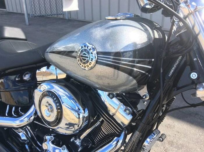 2015 Harley-Davidson FXSB - Softail® Breakout™ Photo 10 sur 11