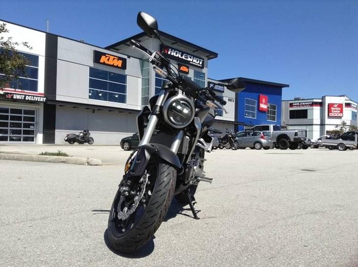 2019 Honda CB300R Photo 2 of 4