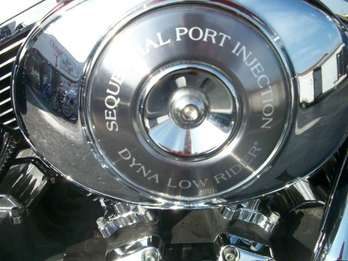 2006 Harley-Davidson FXDL -Dyna Low Rider® Photo 9 of 36