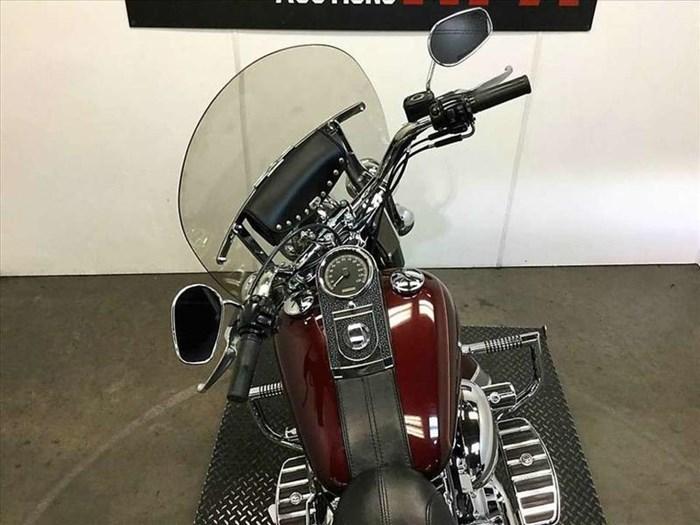 2008 Harley-Davidson FLSTC - Heritage Softail® Classic Photo 6 of 14