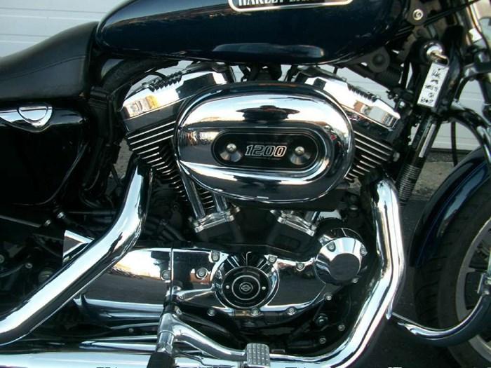 2009 Harley-Davidson Sportster® 1200 Low Photo 5 of 22