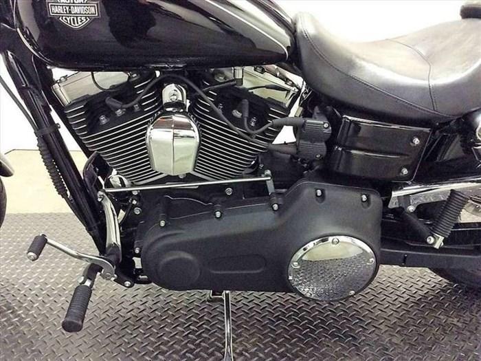 2011 Harley-Davidson FXDWG - Wide Glide® Photo 4 of 11