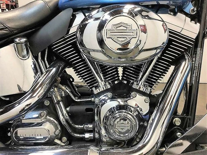 2011 Harley-Davidson FLSTC - Heritage Softail® Classic Photo 2 of 12