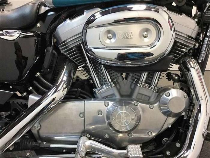 2016 Harley-Davidson XL883L - Sportster® SuperLow® Photo 3 of 15