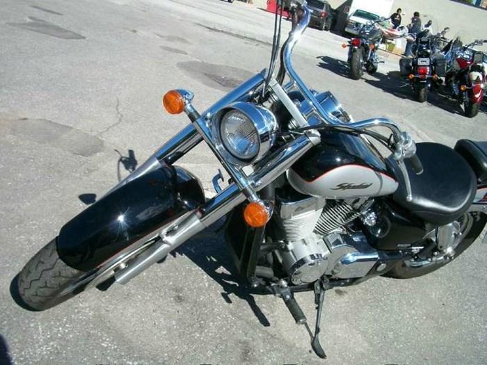 2004 Honda Shadow Aero (VT750) Photo 4 of 6