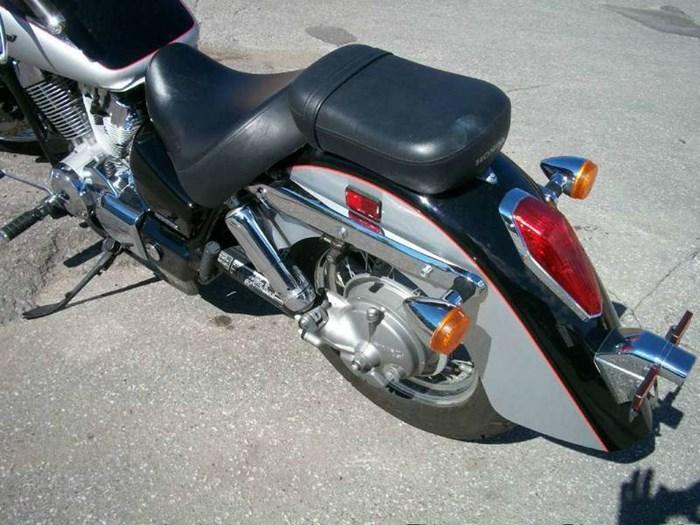2004 Honda Shadow Aero (VT750) Photo 6 of 6