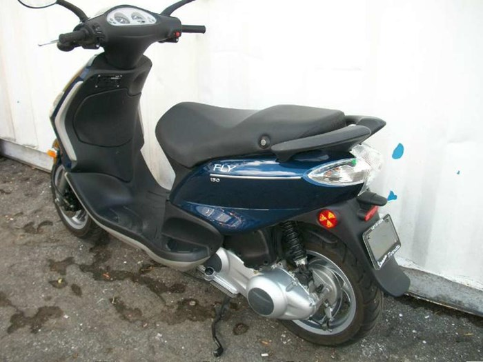 2010 Piaggio Fly 150 Photo 9 of 9