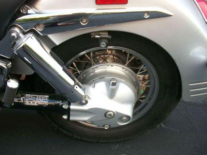 2006 Honda VTX™1300S Photo 14 of 19