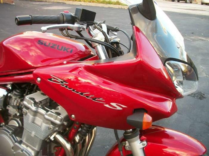 2001 Suzuki Bandit 600S Photo 2 of 17