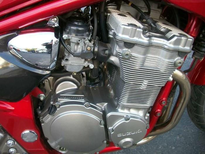2001 Suzuki Bandit 600S Photo 6 of 17