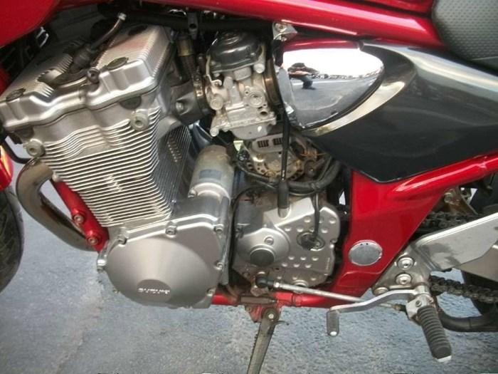 2001 Suzuki Bandit 600S Photo 14 of 17