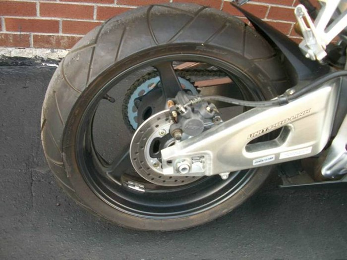 2006 Honda CBR®600RR Photo 6 of 26