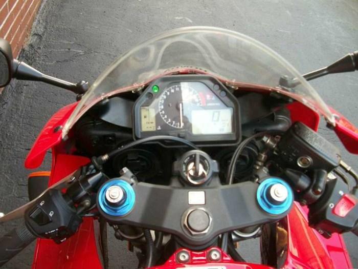 2006 Honda CBR®600RR Photo 14 of 26