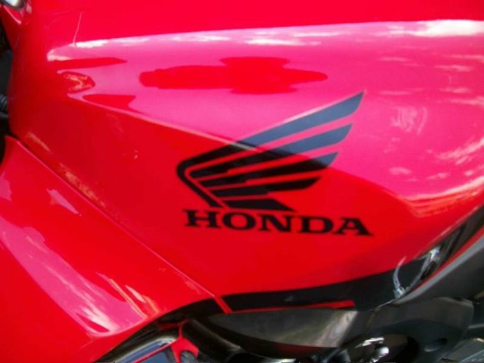 2006 Honda CBR®600RR Photo 21 of 26