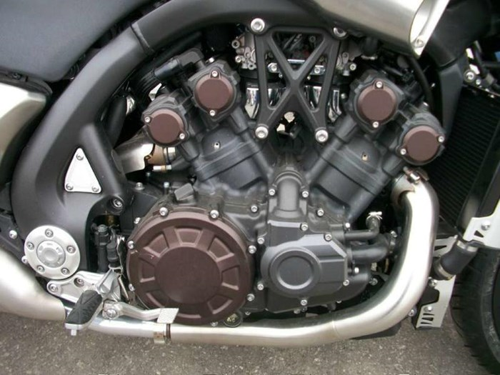 2009 Yamaha VMX17 (VMAX) Photo 2 of 11